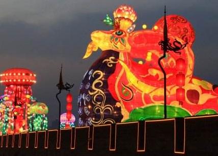 猴王回乡记_春节回乡记