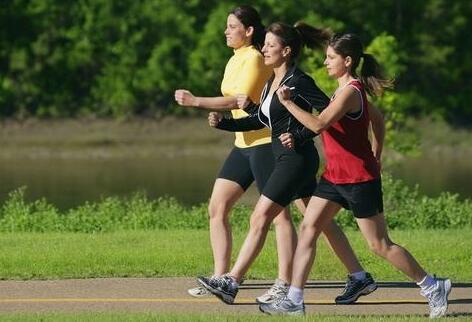 """下列不是""""经常参加体育锻炼人数""""的判定标准。"""
